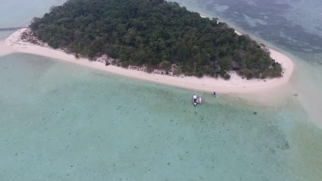 sangalaki island - desert island stock videos & royalty-free footage