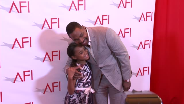 saniyya sidney and mykelti williamson at four seasons hotel los angeles at beverly hills on january 06, 2017 in los angeles, california. - four seasons hotel stock videos & royalty-free footage