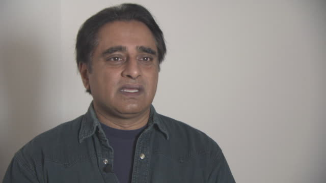 sanjeev bhaskar on the importance of the work the charity does, the difference it makes at british asian trust awards - ambassador interviews at on... - サンジーヴ・バスカー点の映像素材/bロール