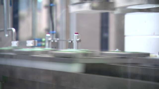 sanofi pharmaceutical factory in frankfurt manufacturing insulin pens - insulin stock videos & royalty-free footage