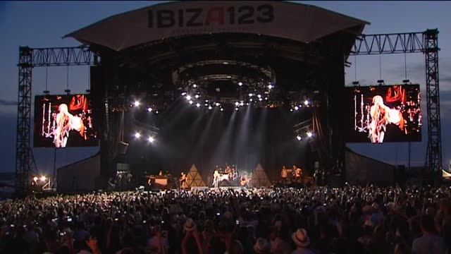 sant antoni , jul 4 .- award-winning u.s. singer-songwriter and multi-instrumentalist lenny kravitz energized a nearly sold-out venue to close late... - sold out stock videos & royalty-free footage