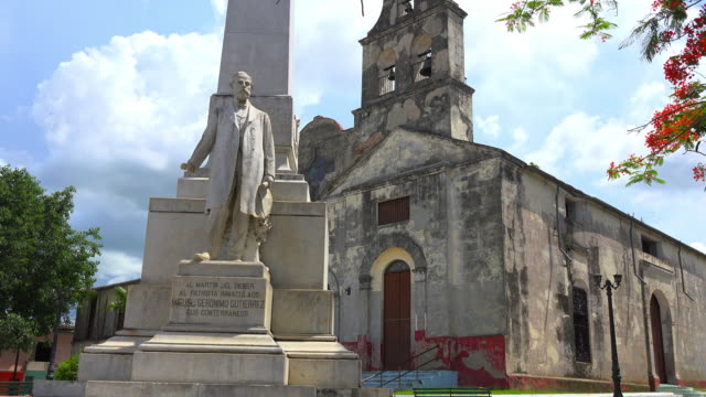 santa clara, cuba: la pastora catholic church and the marble statue of miguel jeronimo gutierrez - weathered stock videos & royalty-free footage
