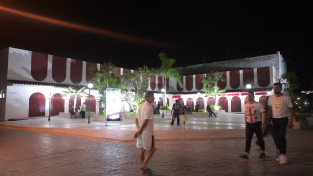 Santa Clara, Cuba: 'Las Arcadas' Park at night