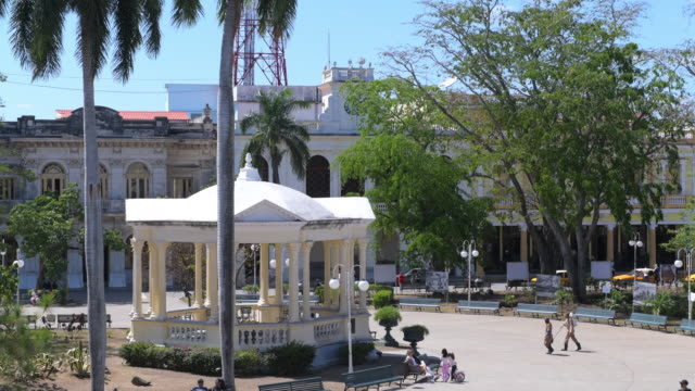 santa clara, villa clara, cuba-march 8, 2020: famous gazebo where music is played on a weekly basis. this area is a cuban national monument and a... - gazebo stock videos & royalty-free footage