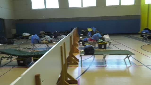 santa clarita community center adjusts to restrictive coronavirus measures on march 26 2020 in santa clarita california - santa clarita stock videos & royalty-free footage