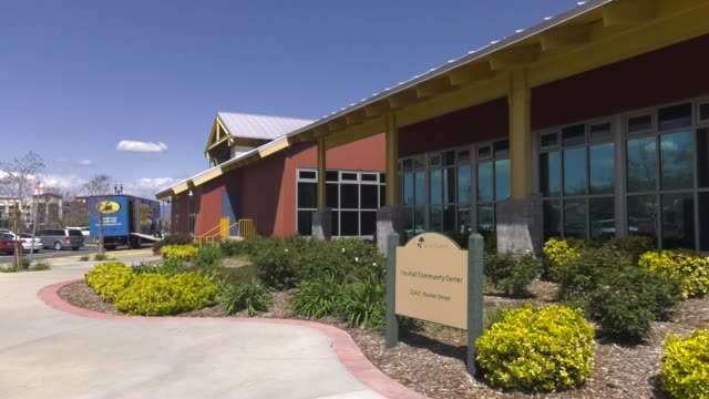 santa clarita community center adjusts to restrictive coronavirus measures on march 26 2020 in santa clarita california - santa clarita stock videos & royalty-free footage