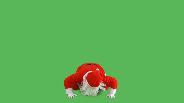 hd: santa verrückt - weihnachtsmann stock-videos und b-roll-filmmaterial
