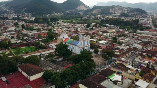 santa lucia church in san cristobal de las casas - chiapas stock-videos und b-roll-filmmaterial