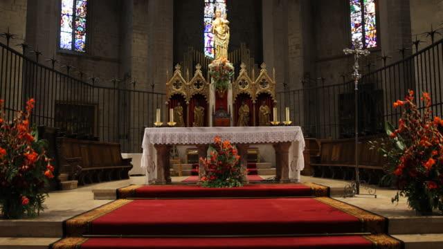 vídeos y material grabado en eventos de stock de santa maria de la seu - alfombra