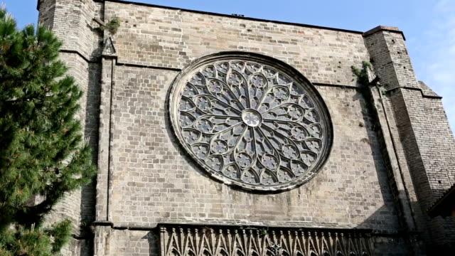 サンタマリアデル pi の教会バリオ gotico 、バルセロナ - ゴシック地区点の映像素材/bロール