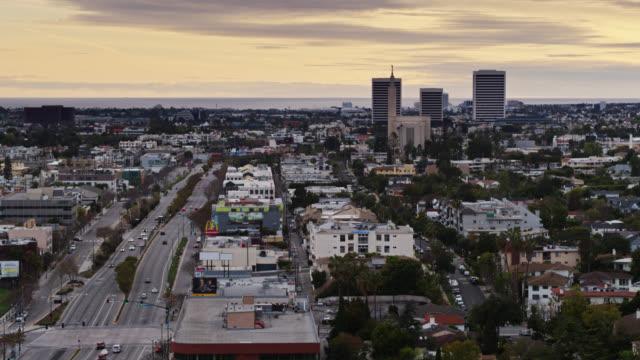 santa monica boulevard in west los angeles - aerial - westwood neighborhood los angeles bildbanksvideor och videomaterial från bakom kulisserna
