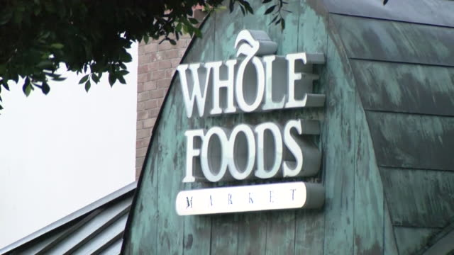 ktla santa monica ca us logo of whole foods on supermarket building and entrance in santa monica on tuesday july 21 2020 - western script stock videos & royalty-free footage