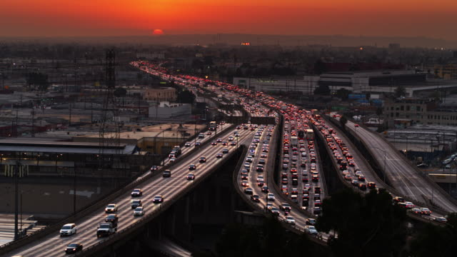 santa monica freeway in los angeles at sunset - elevated road stock videos & royalty-free footage