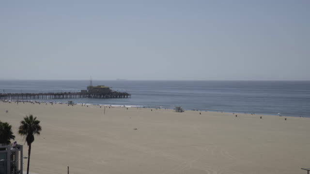 santa monica pier sign - santa monica sign stock videos & royalty-free footage