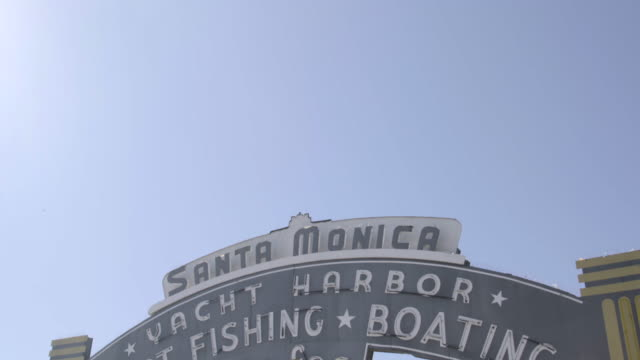 santa monica pier sign - santa monica pier stock videos & royalty-free footage