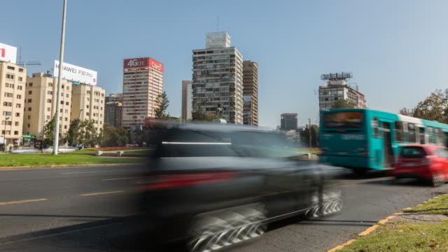 vídeos y material grabado en eventos de stock de santiago, plaza baquedano - barco faro