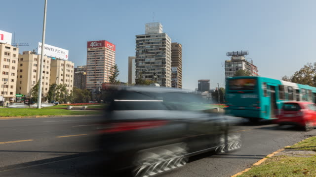santiago, plaza baquedano - 灯台船点の映像素材/bロール