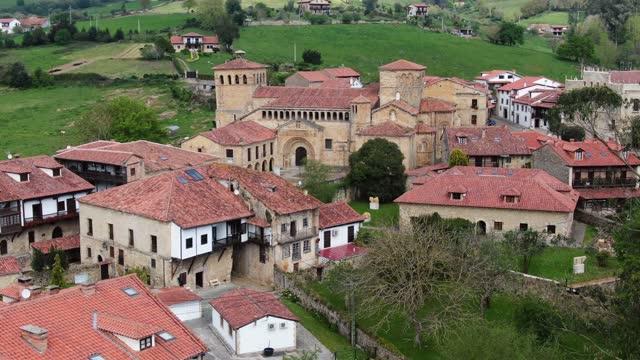 santillana del mar, cantabria, spain, as seen from above - mar stock videos & royalty-free footage
