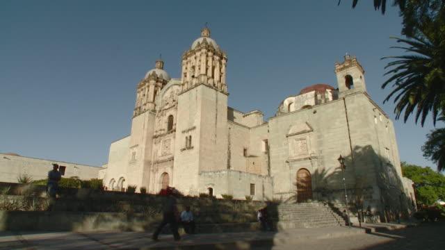 ws santo domingo de guzman church / oaxaca, mexico - サントドミンゴ点の映像素材/bロール