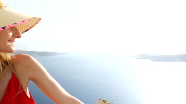 サントリーニ島の夢 - 帽子点の映像素材/bロール