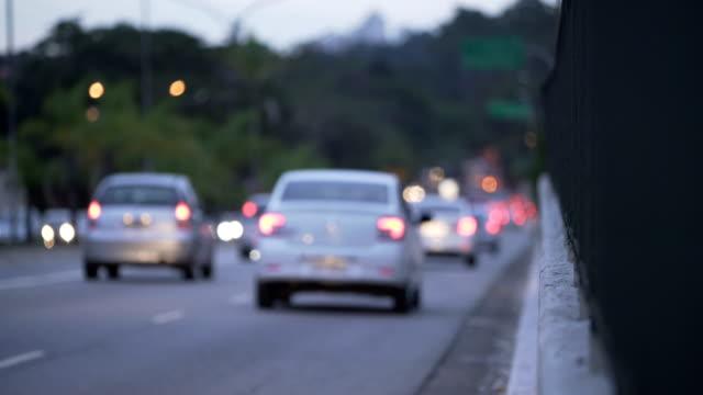 vídeos y material grabado en eventos de stock de sao paulo´s traffic - luz trasera