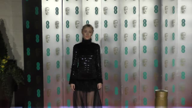 stockvideo's en b-roll-footage met saoirse ronan on february 18 2018 in london england - bafta awards