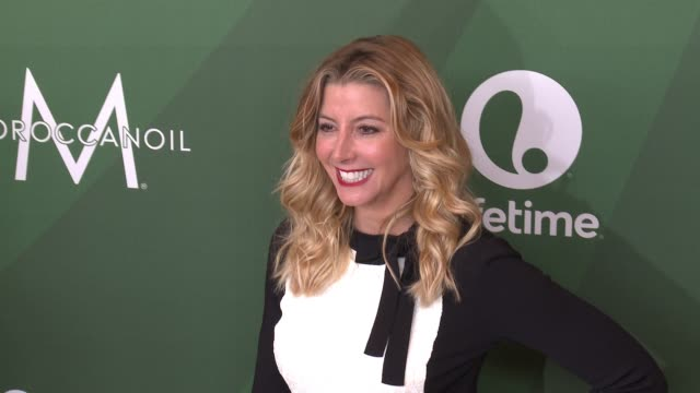 sara blakely at variety's power of women luncheon 2016 at regent beverly wilshire hotel on october 14, 2016 in beverly hills, california. - regent beverly wilshire hotel stock videos & royalty-free footage