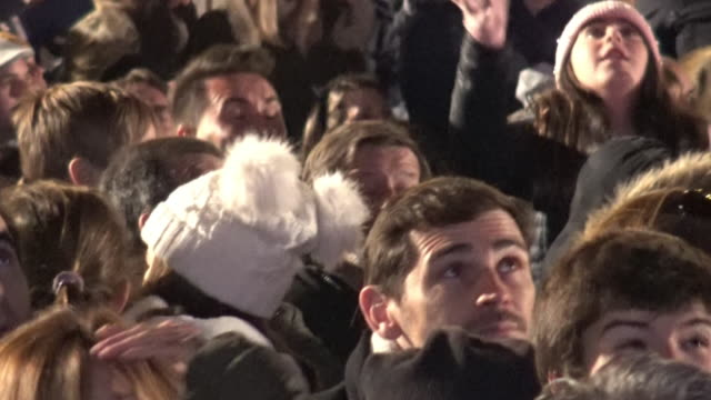 sara carbonero and iker casillas during of the three wise men parade in madrid - サラ カルボネロ点の映像素材/bロール