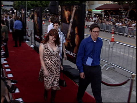 sara rue at the 'swat' premiere on july 30, 2003. - s.w.a.t. film title stock videos & royalty-free footage