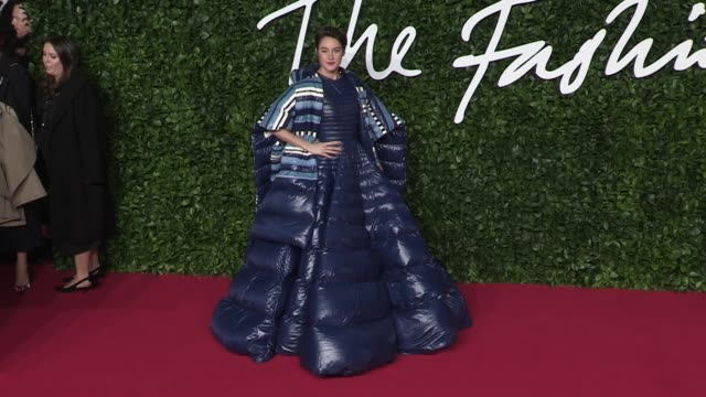 sara sampaio and shailene woodley on the red carpet for the british fashion awards 2019 held at the royal albert hall in london london, uk, on monday... - fashion designer stock videos & royalty-free footage