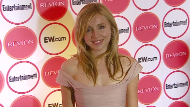 stockvideo's en b-roll-footage met sarah chalke at the entertainment weekly magazine 4th annual pre-emmy party at republic in los angeles, california. - pre emmy party
