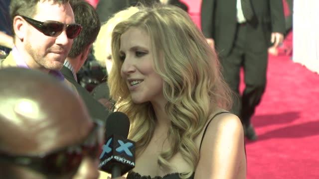 sarah chalke at the tv land awards at los angeles california. - サラ チャルク点の映像素材/bロール
