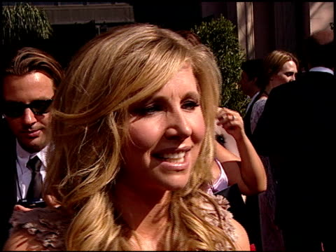 sarah chalke on the best part of being at the emmys the experience of working on 'scrubs' and how she decided what to wear at the 2007 emmy awards... - sarah chalke stock videos & royalty-free footage