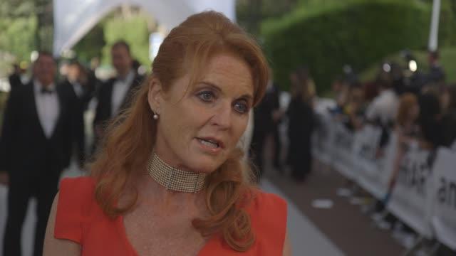 sarah, duchess of york on amfar working towards not having aid's by 2020, global amfar at amfar 22nd cinema against aids gala, presented by bold... - サラ ファーガソン点の映像素材/bロール