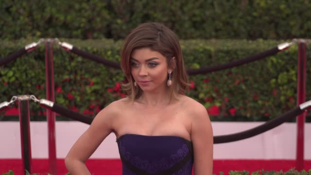sarah hyland at the 22nd annual screen actors guild awards - arrivals at the shrine auditorium on january 30, 2016 in los angeles, california. 4k... - shrine auditorium stock videos & royalty-free footage