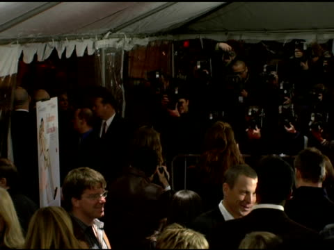 sarah jessica parker and press at the 'failure to launch' new york premiere at chelsea west in new york, new york on march 8, 2006. - failure to launch stock videos & royalty-free footage