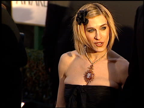 stockvideo's en b-roll-footage met sarah jessica parker at the 2002 golden globe awards at the beverly hilton in beverly hills california on january 20 2002 - sarah jessica parker