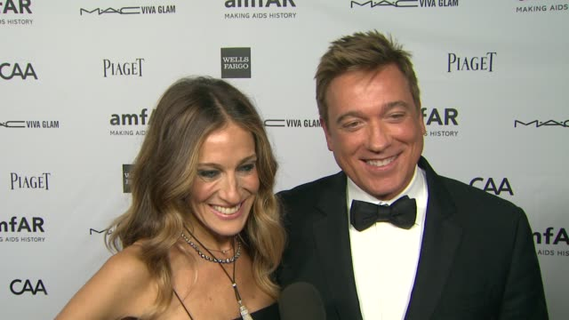 sarah jessica parker kevin huvane on how it feels to receive the piaget award of inspiration and what it means to sarah jessica parker to be able to... - kevin huvane stock videos & royalty-free footage