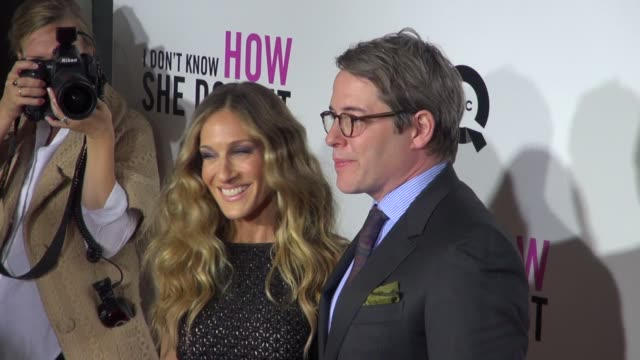 vidéos et rushes de sarah jessica parker & matthew broderick at the i don't know how she does it premiere in new york 09/12/11 - matthew broderick