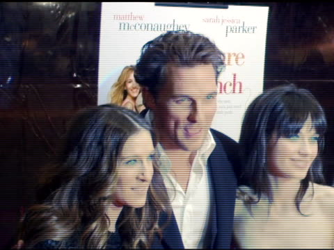 sarah jessica parker, matthew mcconaughey and zooey deschanel at the 'failure to launch' new york premiere at chelsea west in new york, new york on... - failure to launch stock videos & royalty-free footage