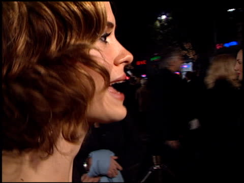 sarah paulson at the 'what women want' premiere at the mann village theatre in westwood california on december 13 2000 - westwood neighborhood los angeles stock videos & royalty-free footage