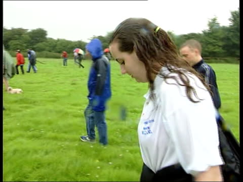 search continues itn england west sussex police local volunteers searching field as looking for missing 8 year old sarah payne la bv volunteers... - missing poster stock videos & royalty-free footage