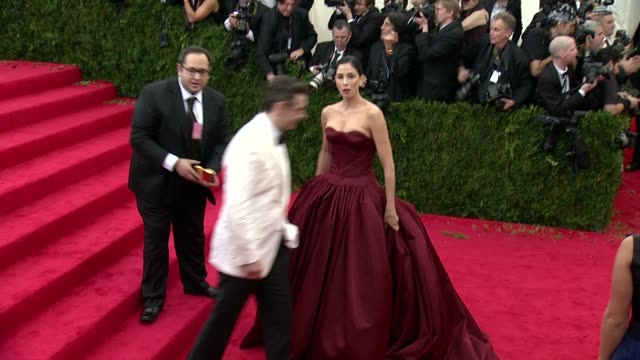 sarah silverman at charles james beyond fashion costume institute gala arrivals at the metropolitan museum on may 05 2014 in new york city - arrival stock videos & royalty-free footage