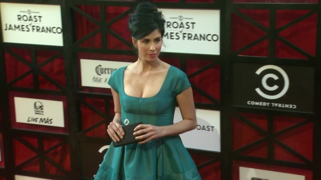 stockvideo's en b-roll-footage met sarah silverman at comedy central roast of james franco on 8/25/2013 in culver city, ca. - sarah silverman