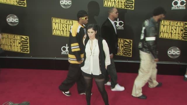 stockvideo's en b-roll-footage met sarah silverman at the 2008 american music awards at los angeles ca. - sarah silverman
