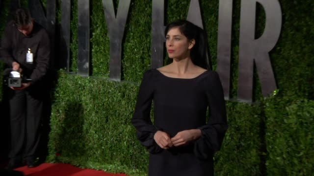 Sarah Silverman at the 2010 Vanity Fair Oscar Party Hosted By Graydon Carter at West Hollywood CA