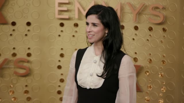 stockvideo's en b-roll-footage met sarah silverman at the 71st emmy awards - arrivals at microsoft theater on september 22, 2019 in los angeles, california. - sarah silverman
