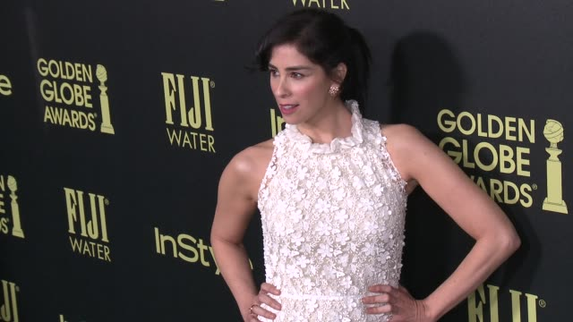 vídeos de stock e filmes b-roll de sarah silverman at the hollywood foreign press association and instyle celebrate the 2016 golden globe award season at ysabel on november 17 2015 in... - prémio globo de ouro