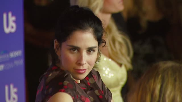 stockvideo's en b-roll-footage met sarah silverman at the us weekly's hot hollywood: fresh 15 at area in los angeles, california on september 21, 2006. - sarah silverman