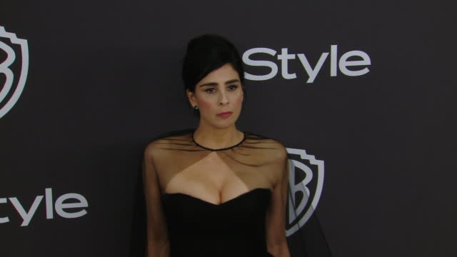 stockvideo's en b-roll-footage met sarah silverman at the warner bros. and instyle host 20th annual post-golden globes party at the beverly hilton hotel on january 6, 2019 in beverly... - sarah silverman